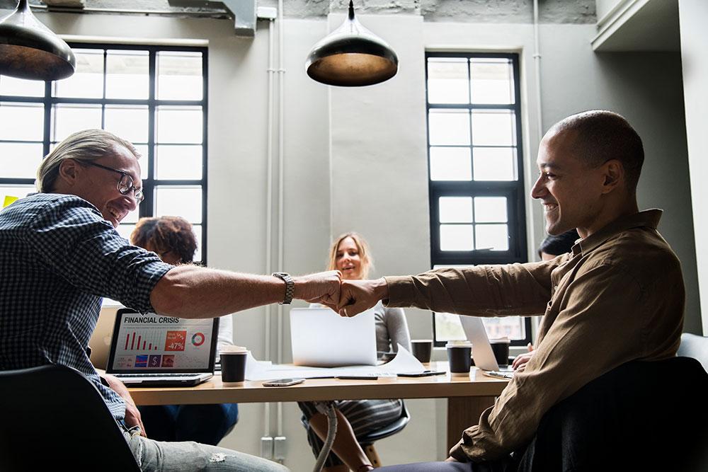 Avantages des statuts d'auto-entrepreneur et de salarié porté